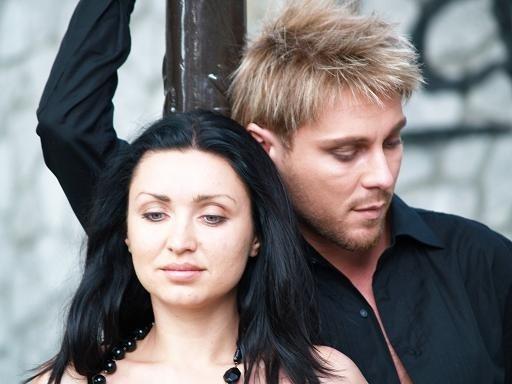 Популярни български изпълнители и групи