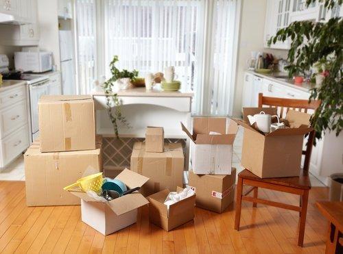 Преместване на мебели в нова квартира в София
