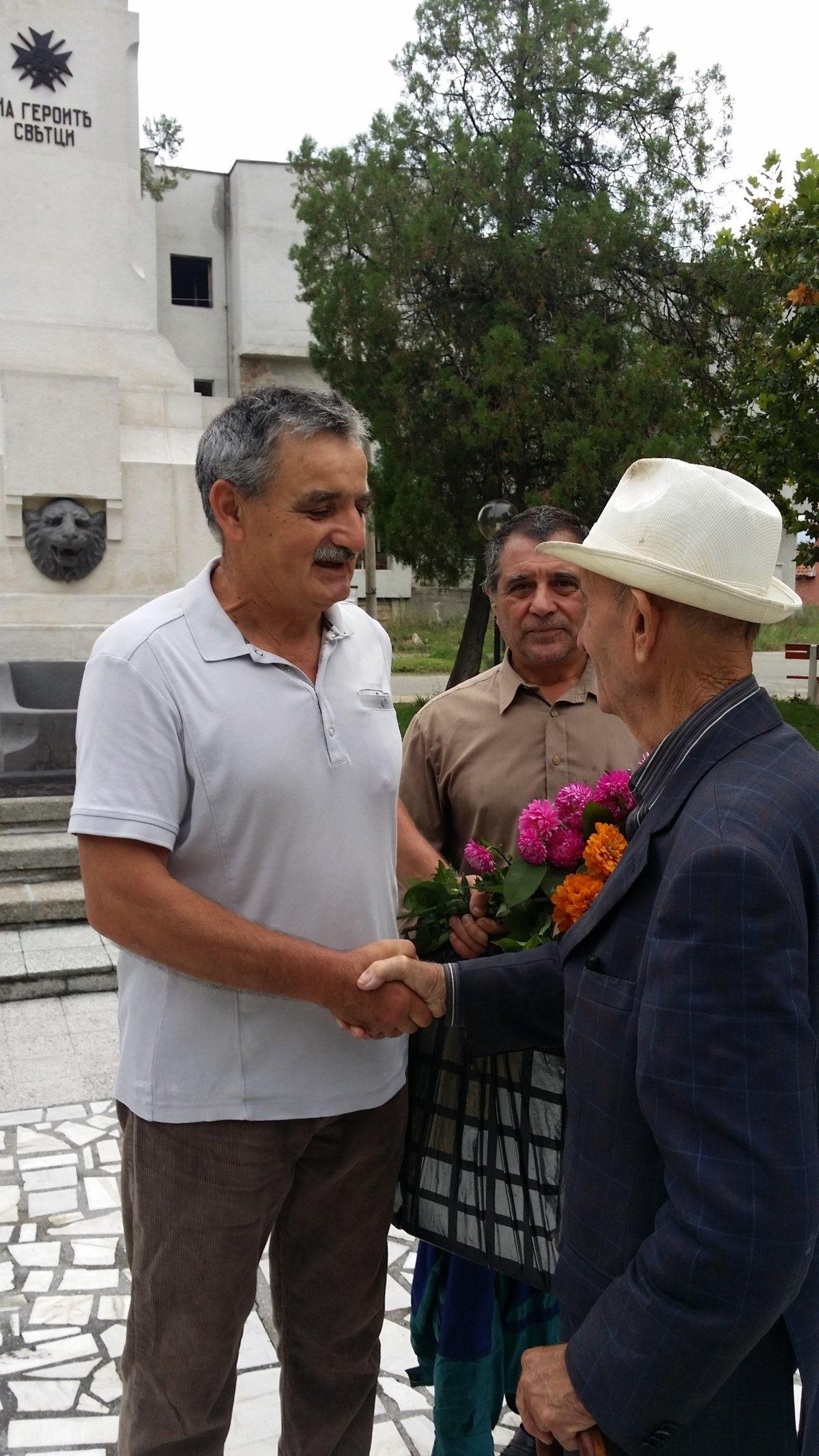Поклон пред паметта на загиналите във войните Дъбовци!
